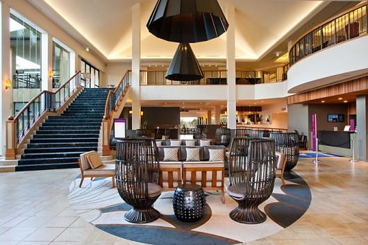Mercure Gold Coast Resort - lobby