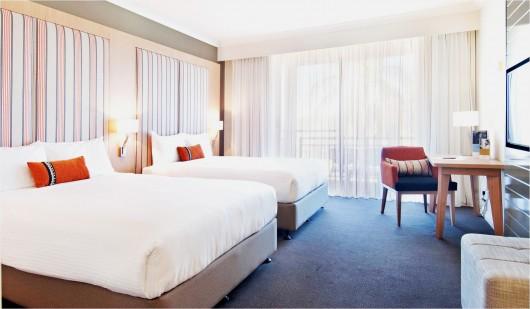 Mercure Gold Coast Resort - refurbished room image